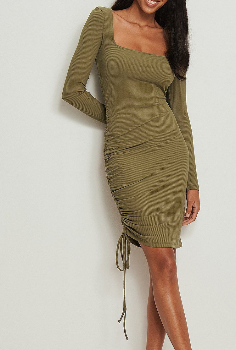 Billige kjole med justerbar snørreeffek