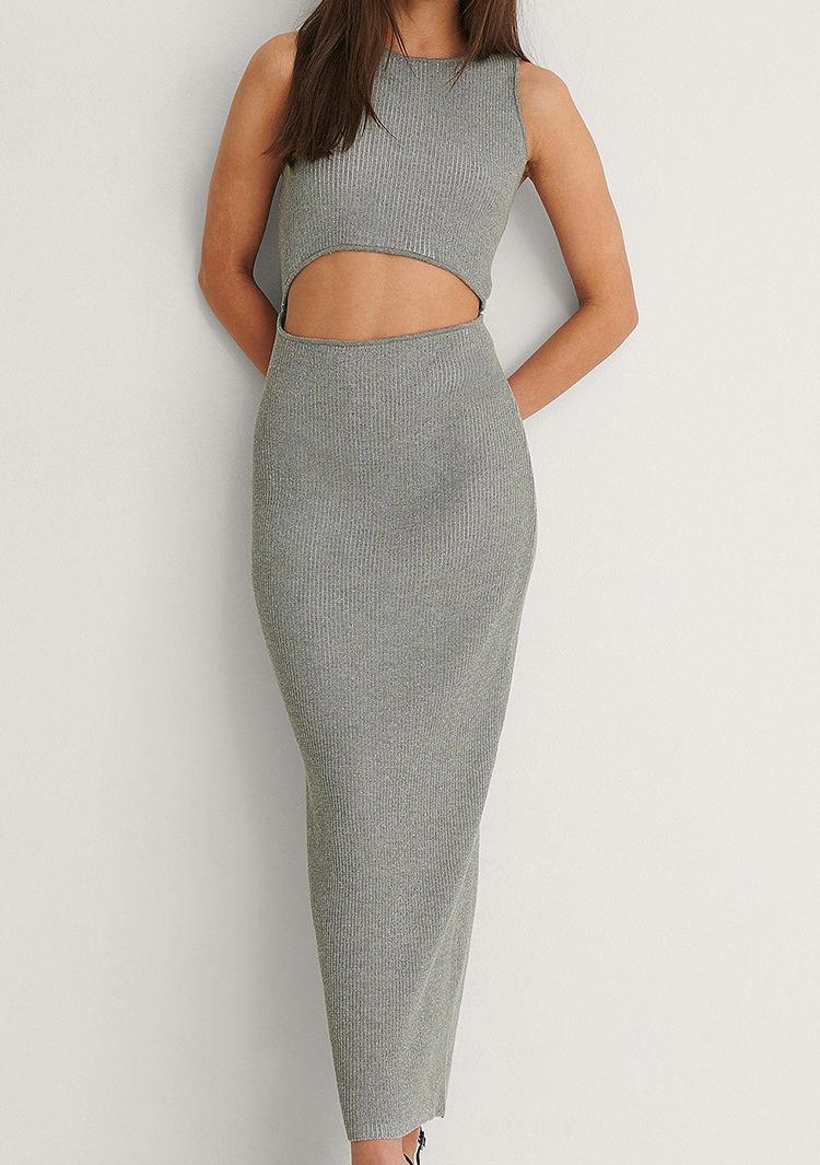 Billigt kjole i strik med flot cut out