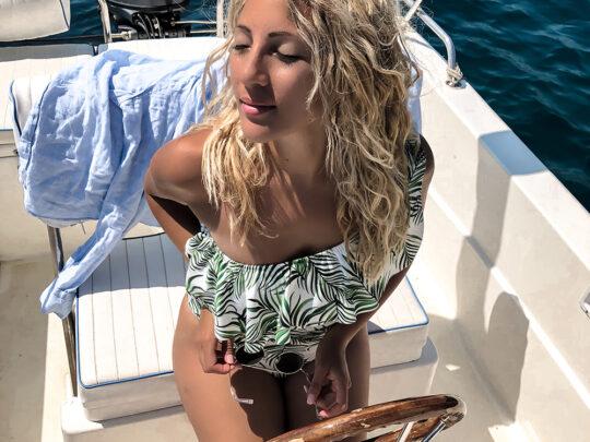 14 flotte bikinier og badedragter der får dig til at stråle