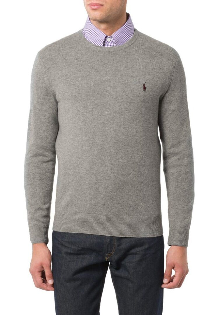 strik over skjorte