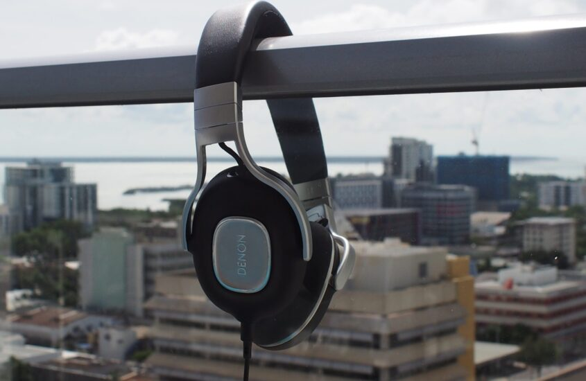 Bedste hovedtelefoner med dyb bas