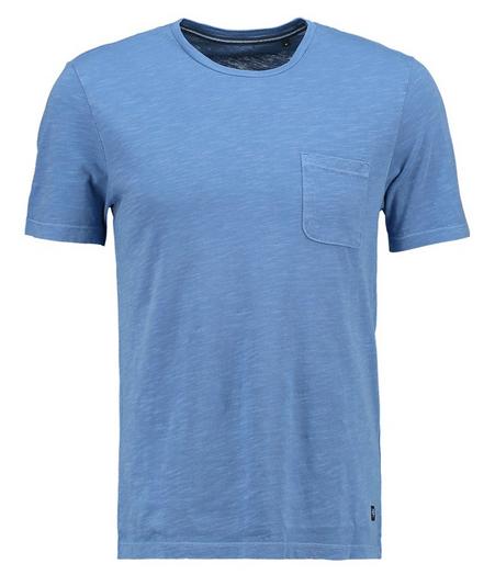 blå t-shirt med rund hals