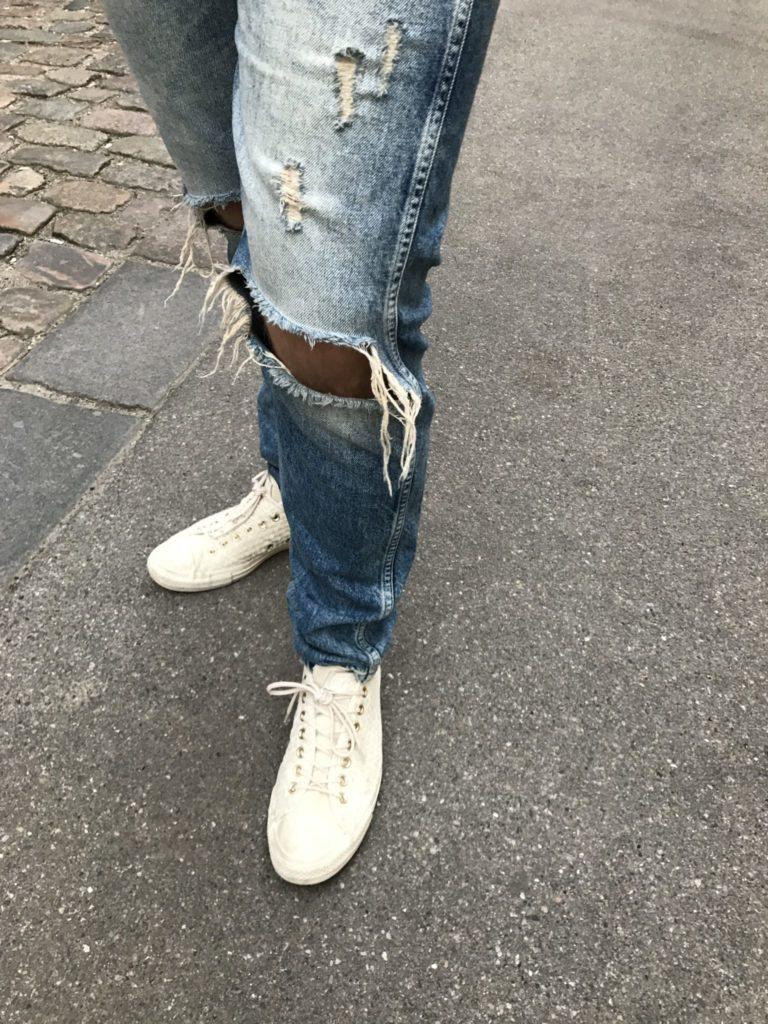 hullede jeans mænd