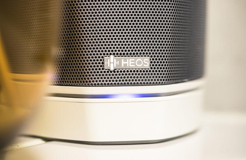 Bedste WiFi højtalere der samtidig er hamrende flotte at se på