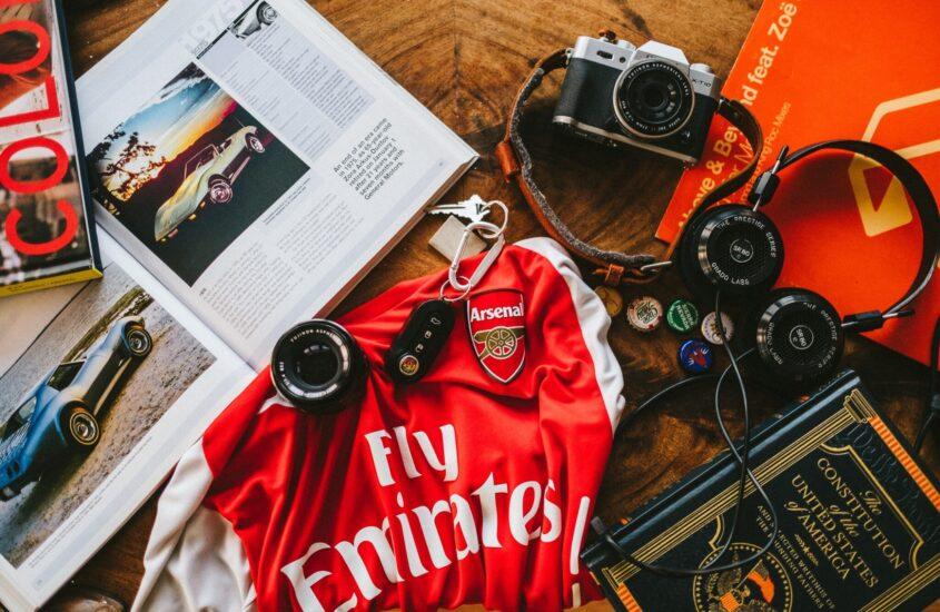 Fodboldtrøjer og Herremode: En kærlighedshistorie?